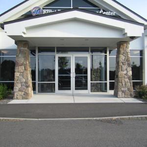 Elliot Hospital urgent care swinging door entrance thumb